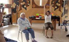 bien vieillir, personne âgée, chariot d'urgence, médicament, chariot d'activités, korian, Alzheimer,